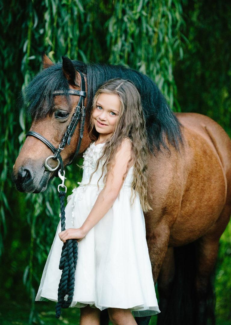 Fordingbridge child and pony Jo Worthington Photography Hampshire-138